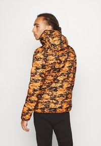 Ellesse - ARBINA - Zimní bunda - orange - 2