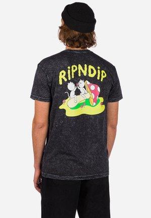 Print T-shirt - black mineral wash