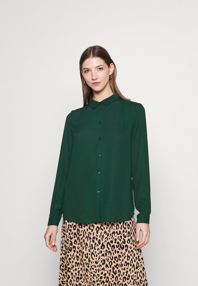 VILUCY BUTTON - Button-down blouse - pine grove