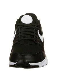 Nike Sportswear - LD VICTORY SNEAKER DAMEN - Sneakersy niskie - black / white - 5