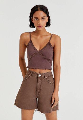 Top - mottled dark brown