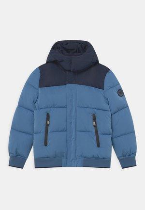 WATER REPELLENT HOODED PUFFER - Winter jacket - aviator blue