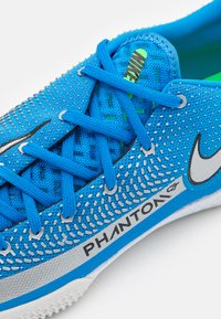 Nike Performance - REACT PHANTOM GT PRO IC - Indoor football boots - photo blue/metallic silver/rage green - 5
