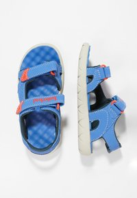 Timberland - PERKINS ROW 2-STRAP - Walking sandals - bright blue - 0
