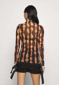 Weekday - FIONA TURTLENECK PRINT - Long sleeved top - radiant - 2
