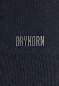 DRYKORN - ANTON - Basic T-shirt - dark blue - 6
