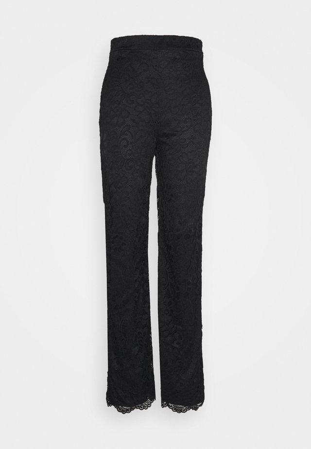 STRAIGHT PANTS - Pantalones - black