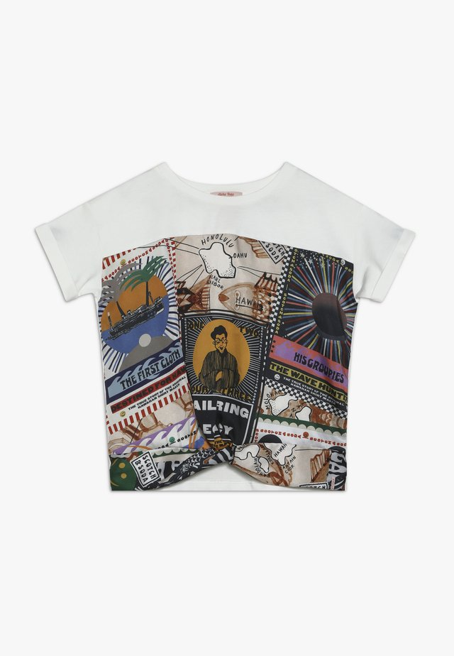 OVERSIZED SHORT SLEEVE TEE WITH PRINTED FRONT PANEL - Pusero - white