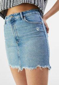 Bershka - HIGH WAIST - Denim skirt - blue denim - 3