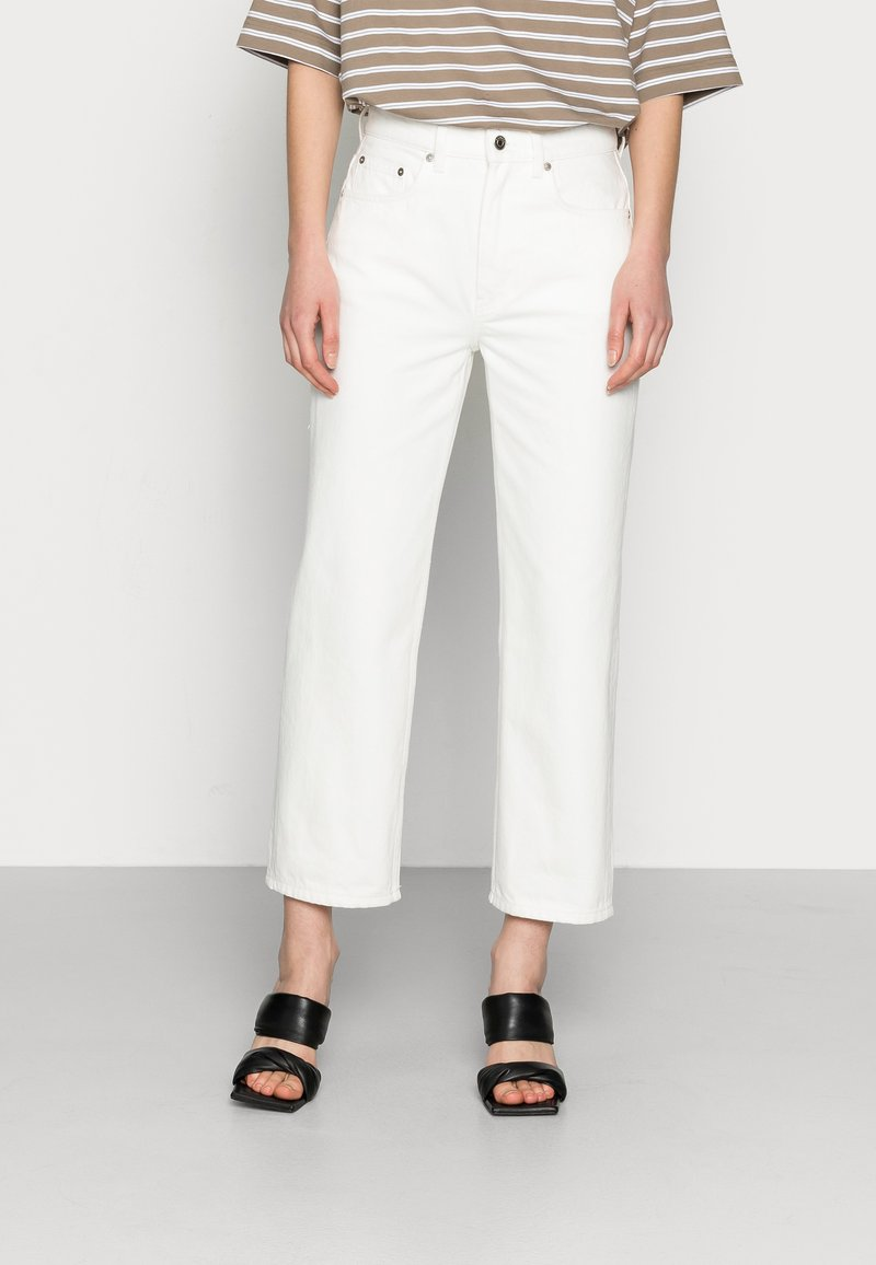 ARKET - CROPPED - Straight leg jeans - off white