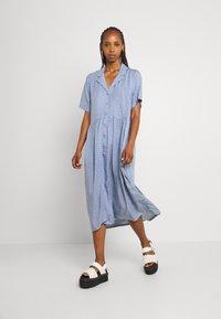 Monki - Maxi dress - light blue - 0