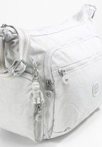Kipling - GABBIE - Across body bag - curiosity grey - 6