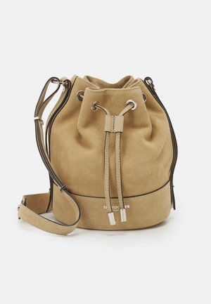 TINA KUNAKEY MEDIUM BUCKET BAG - Handtasche - beige