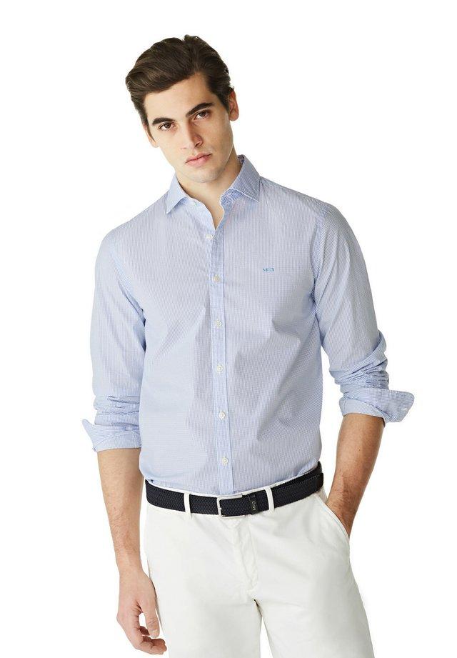 SLIM FIT - Overhemd - bright blue