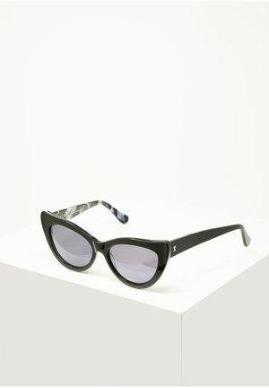 CHARLOTTE - Sunglasses - blk.marble