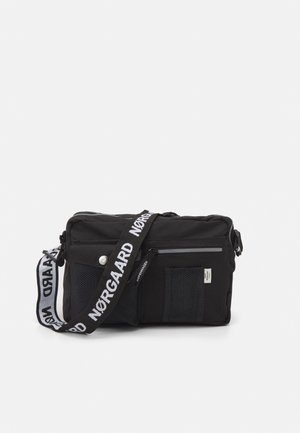COLLAGE CAPPA MECHANICS UNISEX - Across body bag - black