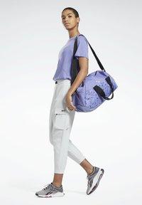 Reebok - ONE SERIES SPEEDWICK REECYCLED - Print T-shirt - purple - 1
