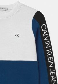 Calvin Klein Jeans - LOGO - Sweatshirt - blue - 2