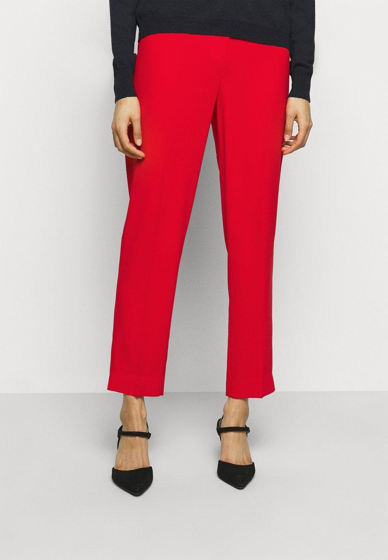 RIANI - Kalhoty - fire red