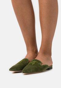 Alberta Ferretti - MULE - Mules - green - 0
