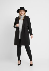 CAPSULE by Simply Be - DOUBLE BREAST SMART MILITARY COAT WITH SIDE BUCKLES - Classic coat - black - 1