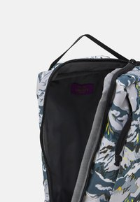 The North Face - LIBERTY FIELD BAG - Rucksack - white liberty - 3