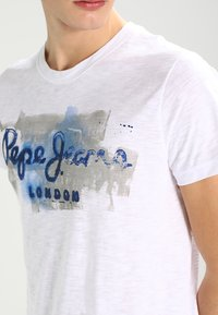 Pepe Jeans - GOLDERS - T-shirt con stampa - 802 - 3