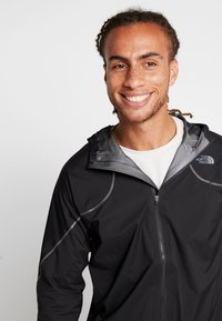 The North Face - M FLIGHT FUTURELIGHT JACKET - Giacca hard shell - black - 3