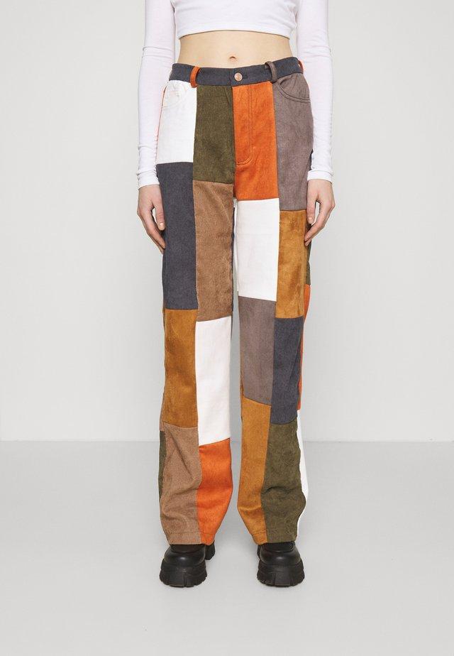 PATCHWORK WIDE LEG TROUSER - Pantalones - multi