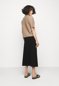 Filippa K - HILARY SKIRT - Áčková sukně - black - 2