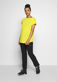 Bogner Fire + Ice - EVIE - T-shirt basic - yellow - 1