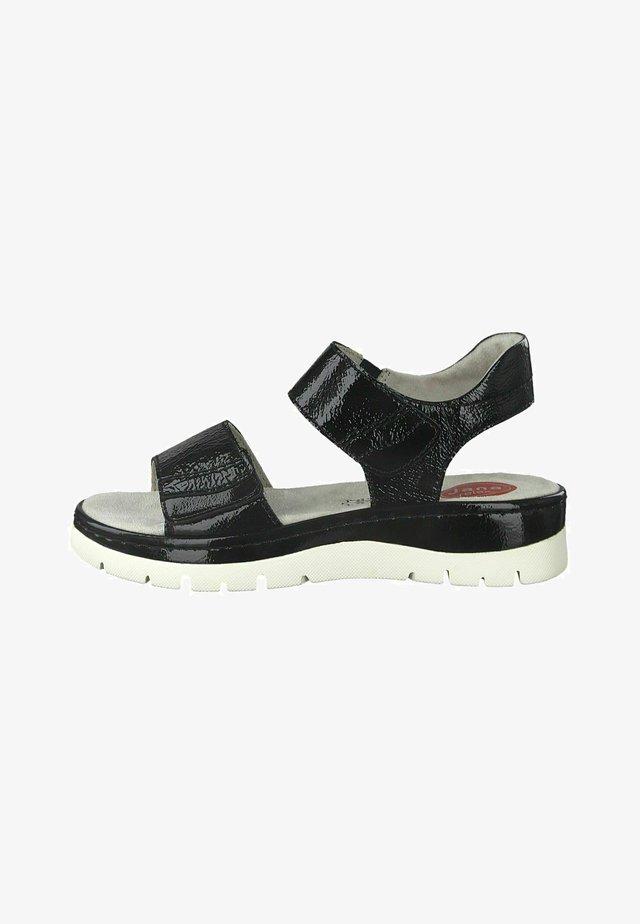 Sandals - black patent