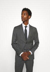 Calvin Klein Tailored - EXCLUSIVE MINIDOT SUIT - Suit - blue - 2
