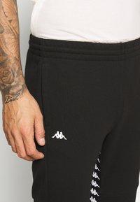 Kappa - GIBRAW - Pantalones deportivos - caviar - 4