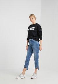 HUGO - NICCI - Sweatshirt - black - 1