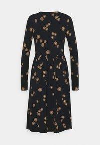 Thought - EVERLY WRAP DRESS - Žerzejové šaty - black - 1
