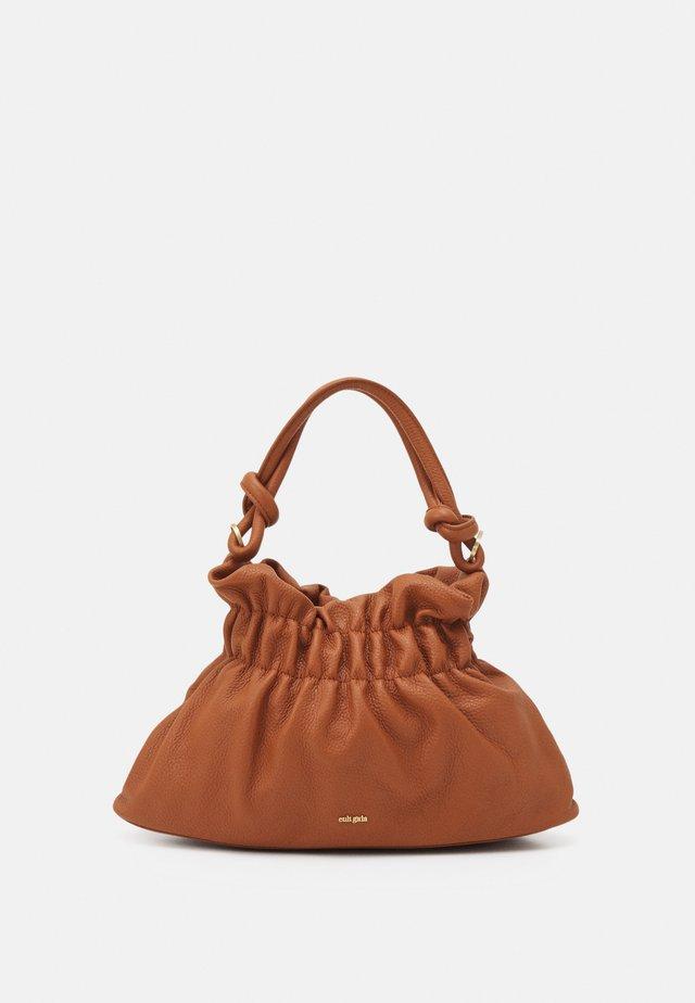 BARA SHOULDER - Handbag - spice