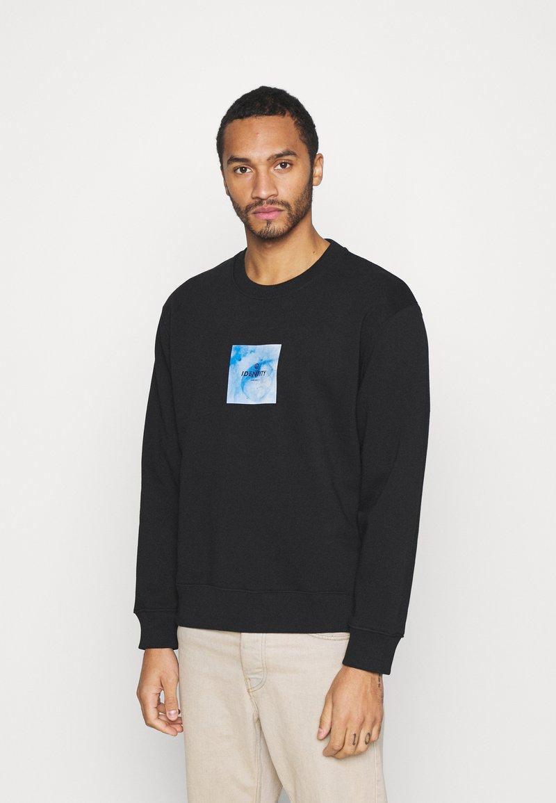 Topman - IDENTITY GLOBE PRINT - Sweatshirt - black