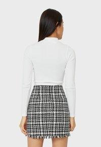 Stradivarius - A-line skirt - white - 2
