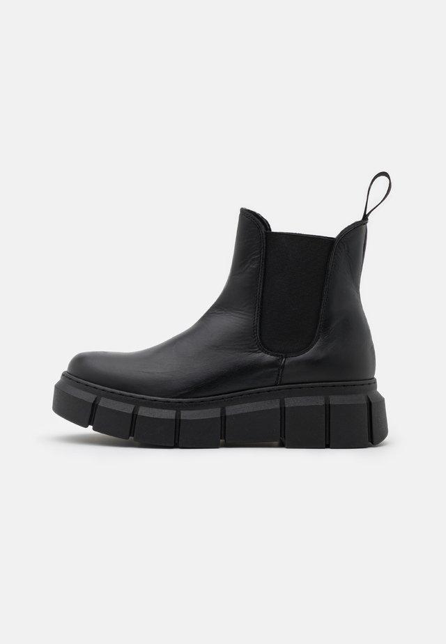 GRAF - Platform ankle boots - alaska