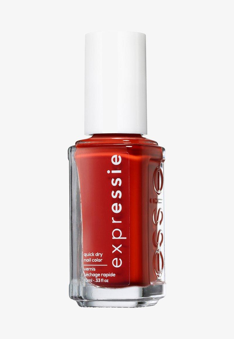 Essie - EXPRESSIE - Nail polish - bolt and be bold
