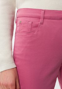 BRAX - STYLE MARY - Trousers - magnolia - 3
