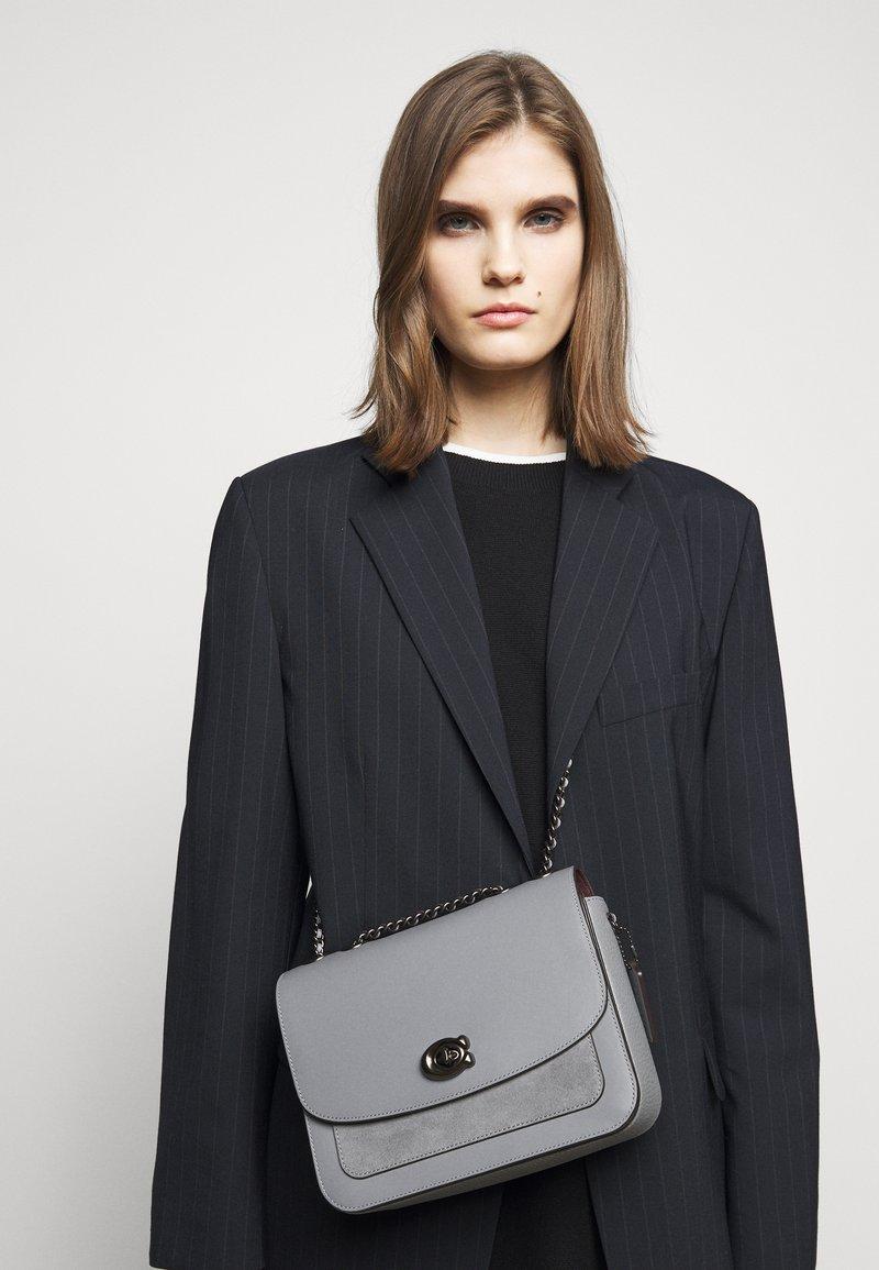 Coach - MADISON SHOULDER BAG - Across body bag - granite