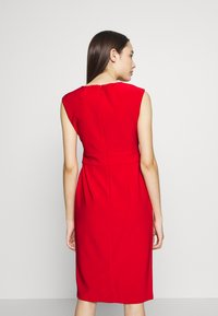 Lauren Ralph Lauren Petite - JANNETTE CAP SLEEVE DAY DRESS - Shift dress - persimmon - 2