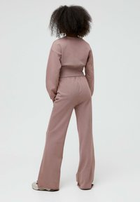 PULL&BEAR - Tracksuit bottoms - mottled pink - 2