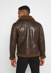 Brave Soul - PITTSBURGH - Faux leather jacket - brown - 2