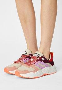Scotch & Soda - CELEST - Sneakers laag - pink/multi - 0