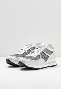 Noclaim - NANCY  - Sneakers - silver - 4