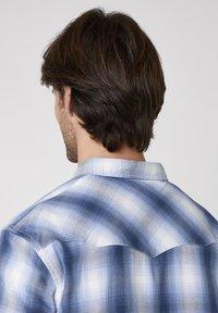 Wrangler - Skjorta - cerulean blue - 4