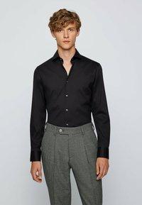 BOSS - SPREAD - Formal shirt - black - 0
